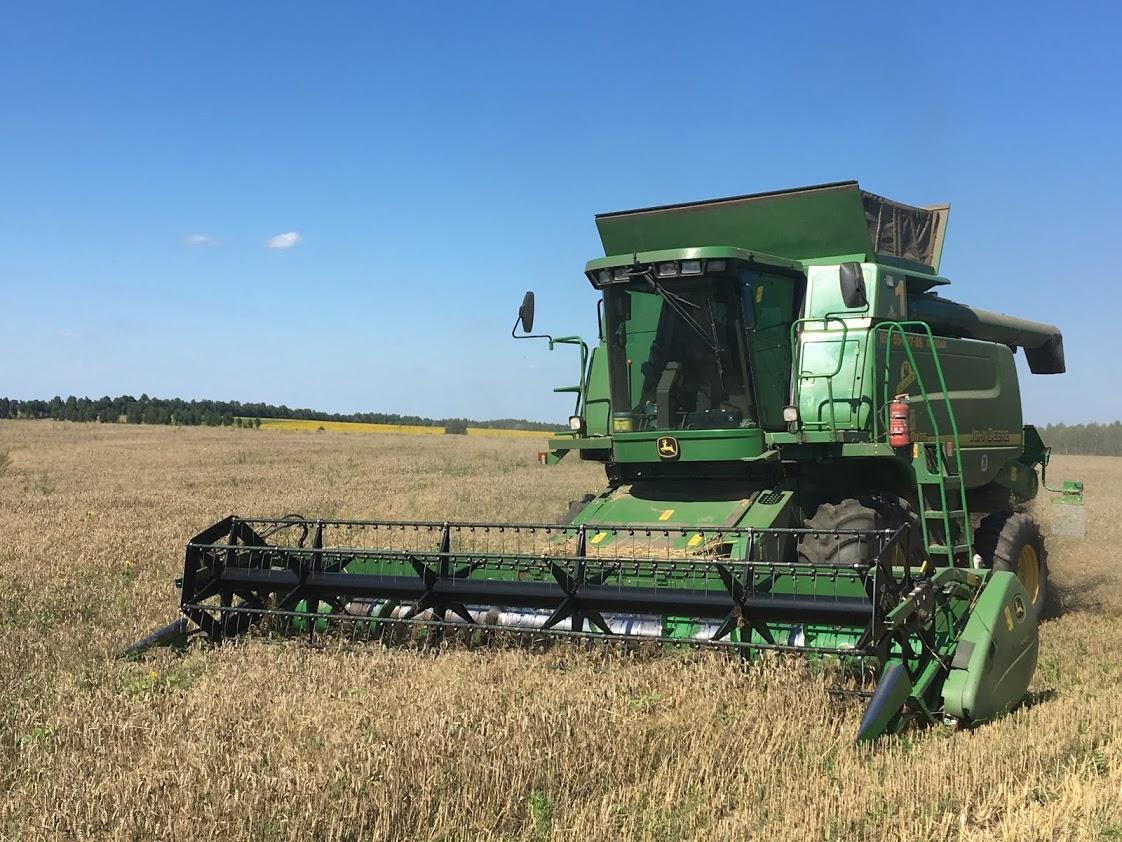 """Група компаній """"Грано Груп"""" завершила збирання ранніх зернових"""